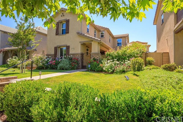 28419 Vista Del Rio Drive, Valencia, CA 91354