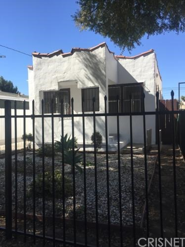 11619 Freeman Avenue, Hawthorne, CA 90250