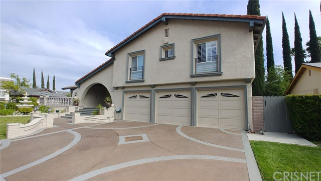 23908 Berdon Street, Woodland Hills, CA 91367