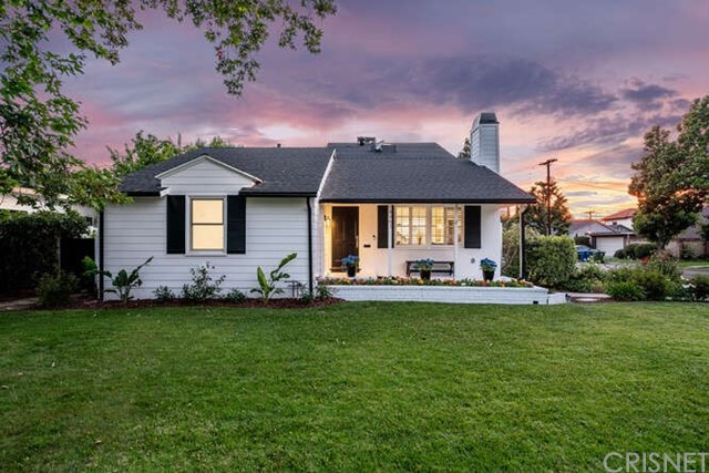 2. 4961 Stern Sherman Oaks, CA 91423