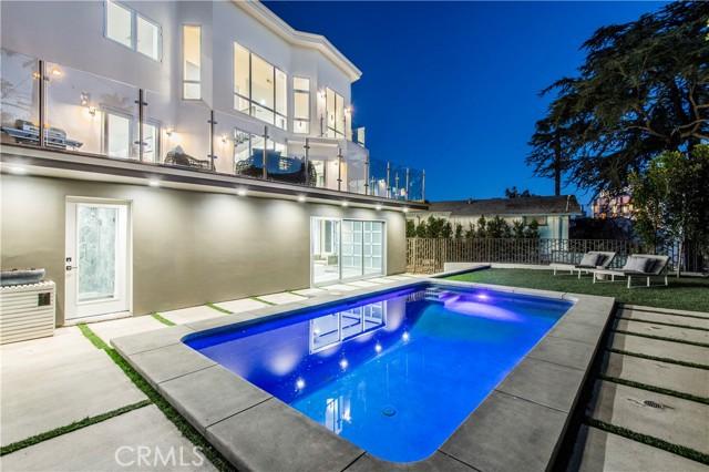 1432 N Kings Road, Hollywood Hills, CA 90069