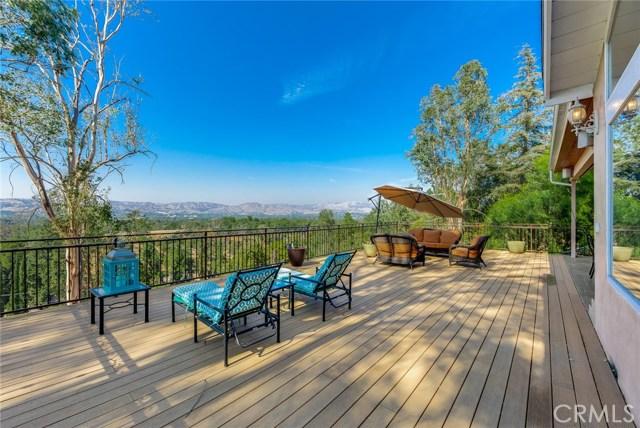 5735 Rolling Road, Woodland Hills, CA 91367