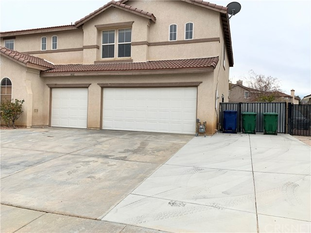 3602 Fairgreen Lane, Palmdale, CA 93551