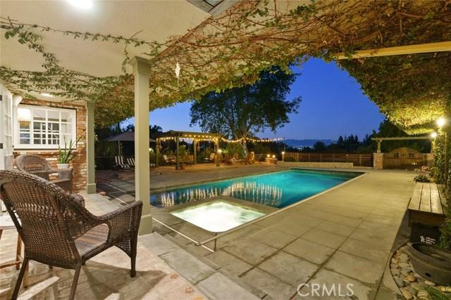 Photo of 4880 Corbin Avenue, Tarzana, CA 91356