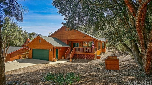 2412 Glacier Drive, Pine Mtn Club, CA 93225
