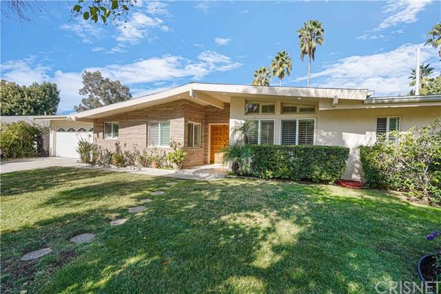 22969 Brenford Street, Woodland Hills, CA 91364