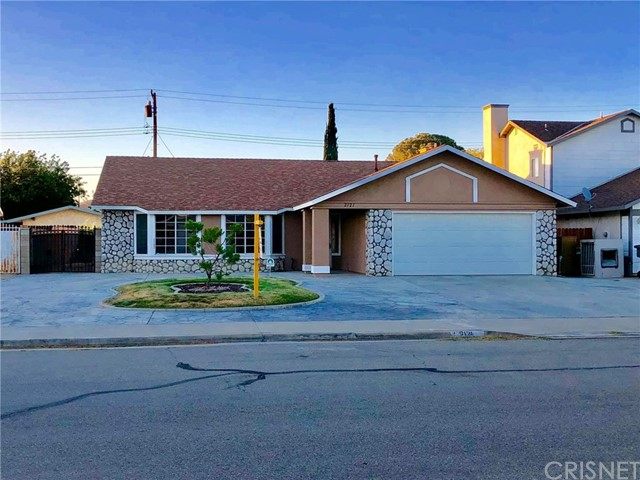 2121 Matthew Avenue, Rosamond, CA 93560