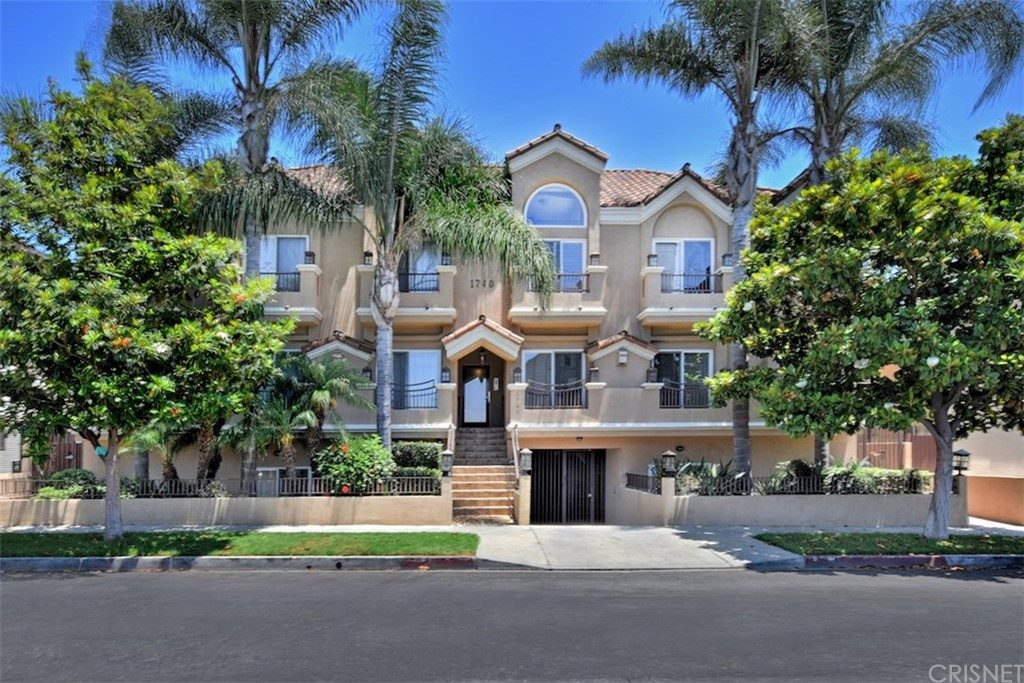 Photo of 1740 SOUTH WESTGATE AVENUE #A, West Los Angeles, CA 90025