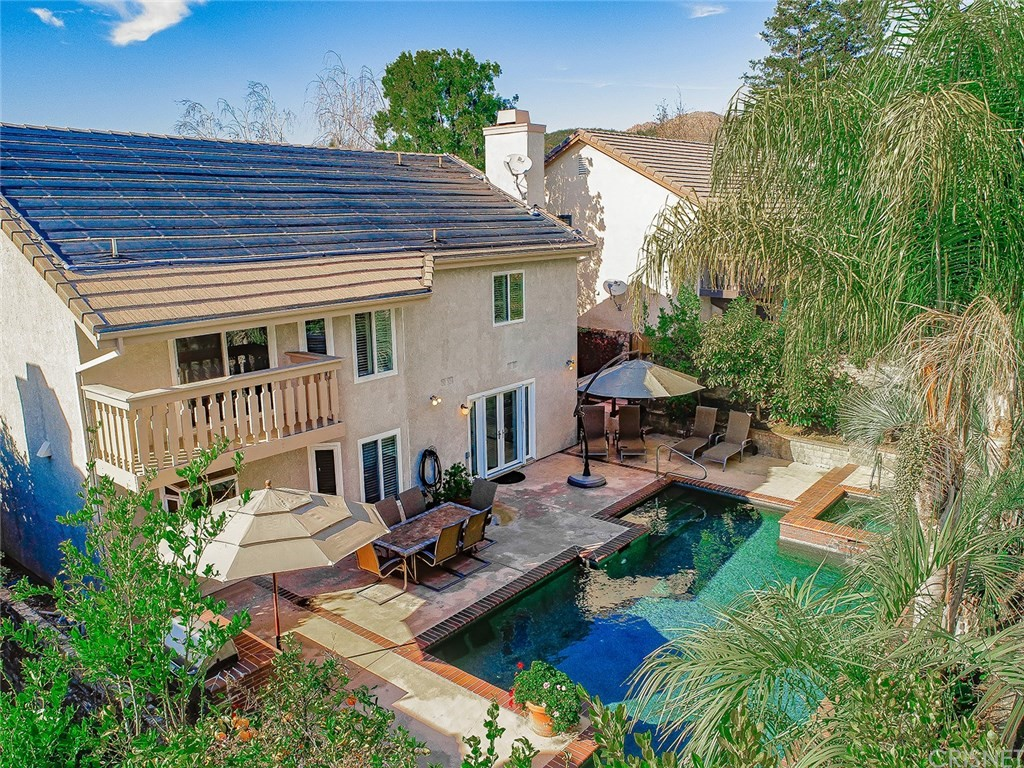 Photo of 378 SOUTHRIDGE Drive, Oak Park, CA 91377