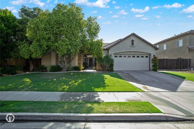 7212 Whitewater Falls Drive, Bakersfield, CA 93312