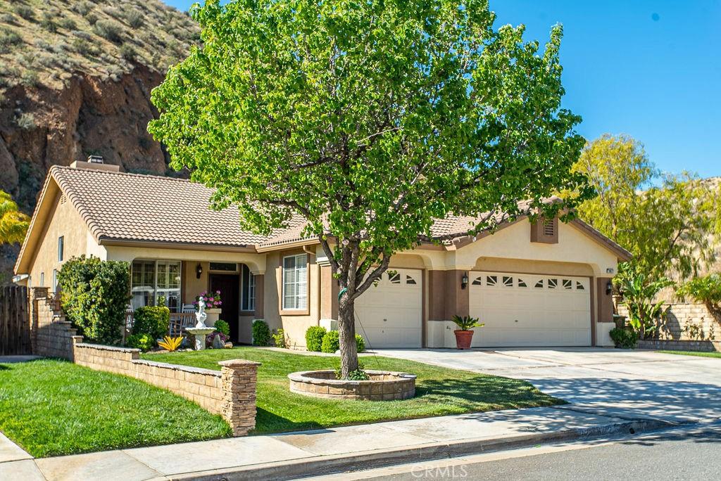 28672     Oak Valley Road, Castaic CA 91384