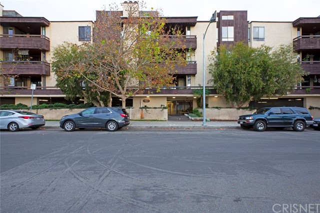 4822 Van Noord Avenue 2, Sherman Oaks, CA 91423