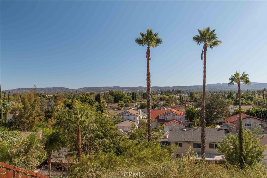 Photo of 21906 LONDELIUS STREET, West Hills, CA 91304