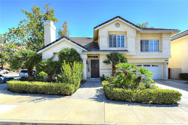 690 Covewood Street, Oak Park, CA 91377