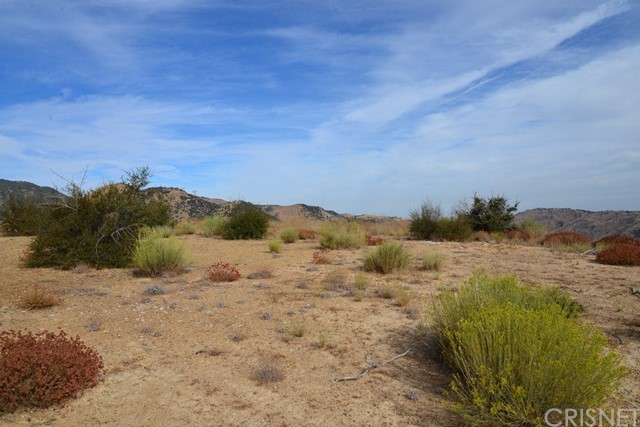 40 Ridge Route Road, Lebec, CA 93243