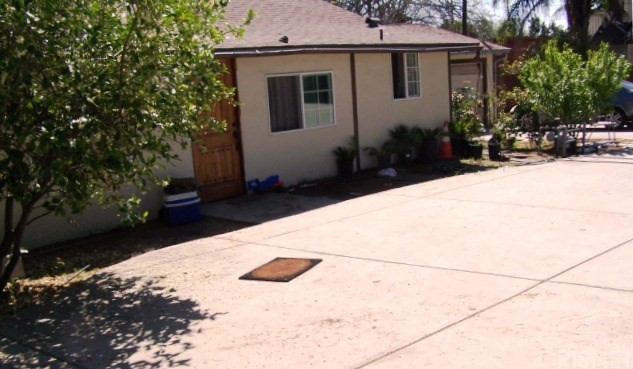 10720 Foothill Bl, Lakeview Terrace, CA 91342 Photo 3