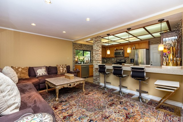 24. 2446 Gayle Place Simi Valley, CA 93065