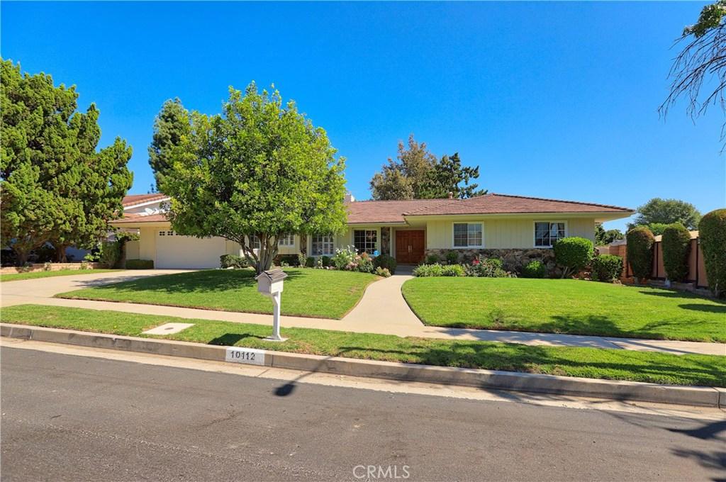 Photo of 10112 WYSTONE Avenue, Northridge, CA 91324