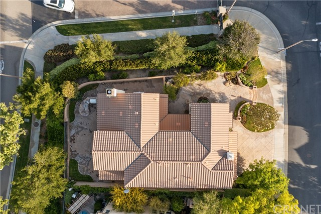 43. 27002 Maple Tree Court Valencia, CA 91381