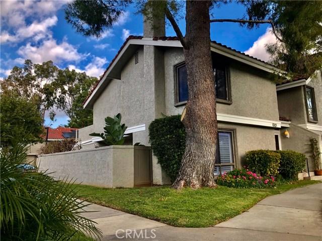 1001 Thistlegate Road, Oak Park, CA 91377