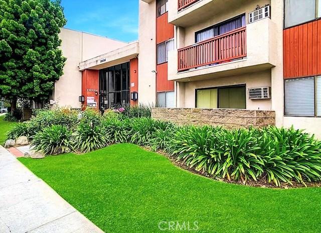 20234 Cantara Street 271, Winnetka, CA 91306