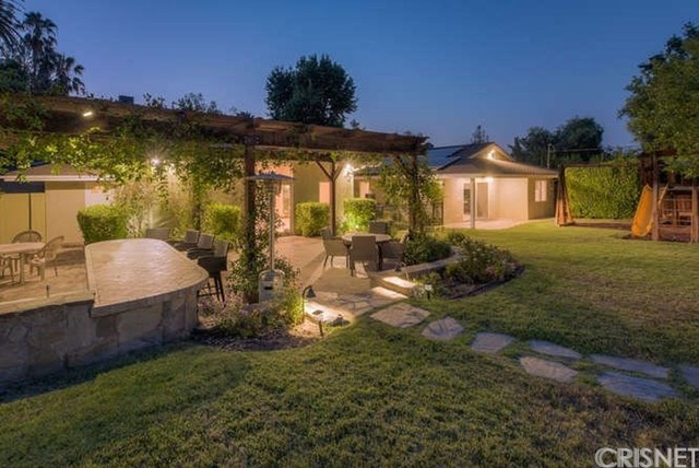 Property for sale at 20132 Allentown Drive, Woodland Hills,  California 91364