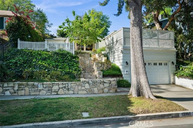 13960 Davana, Sherman Oaks, CA 91423