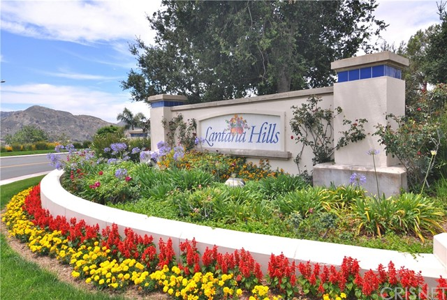 23710 Red Oak Court, Newhall, CA 91321