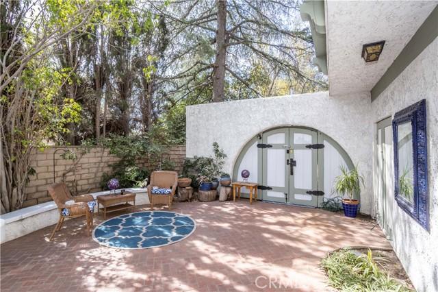 6. 17509 Ludlow Street Granada Hills, CA 91344