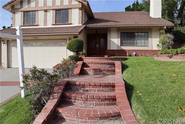 Photo of 17407 Sunset Ridge Circle, Granada Hills, CA 91344