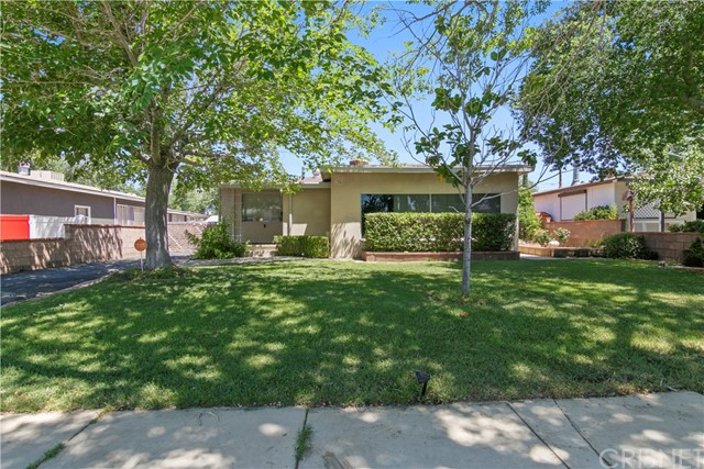 319 W Avenue J10, Lancaster, CA 93534