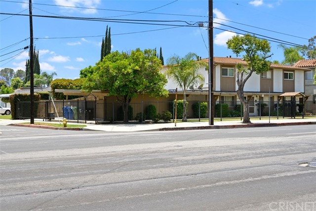 14200 Burbank Boulevard, Sherman Oaks, CA 91401