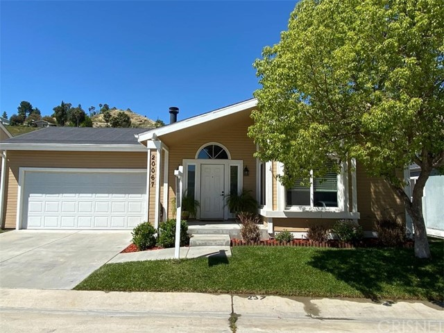 20067 Crestview, Canyon Country, CA 91351