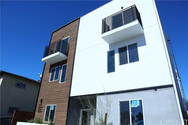 11639 Burbank Boulevard, North Hollywood, CA 91601