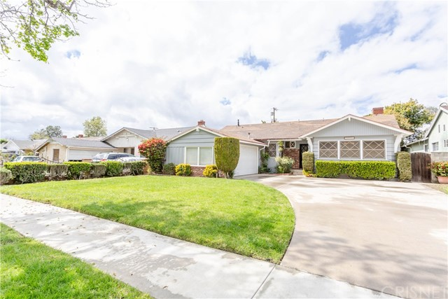 10031 Norwich Avenue, Mission Hills (San Fernando), CA 91345