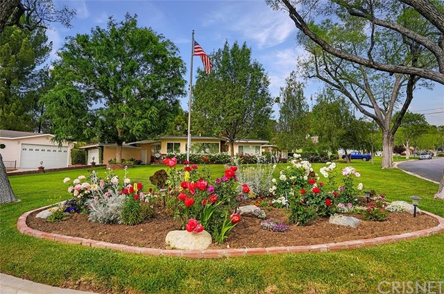 22639 Arriba Drive, Saugus, CA 91350
