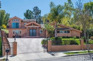 Photo of 22136 Independencia Street, Woodland Hills, CA 91364