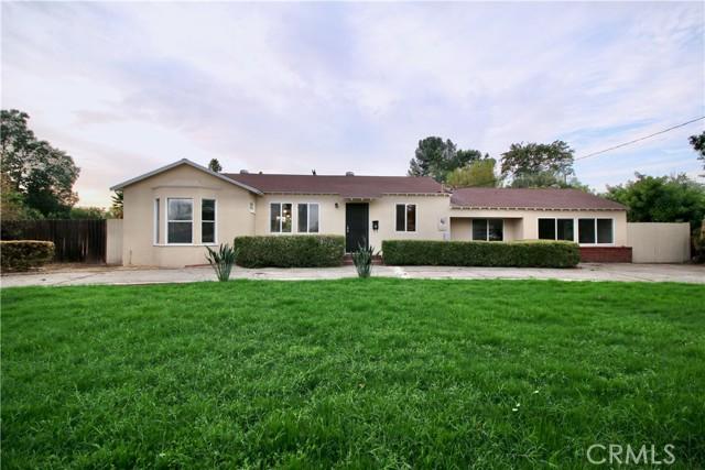 10007 Lemona Avenue, Mission Hills (San Fernando) CA: https://media.crmls.org/mediascn/6570415e-79f7-4f71-b0a5-9c3790d8c362.jpg