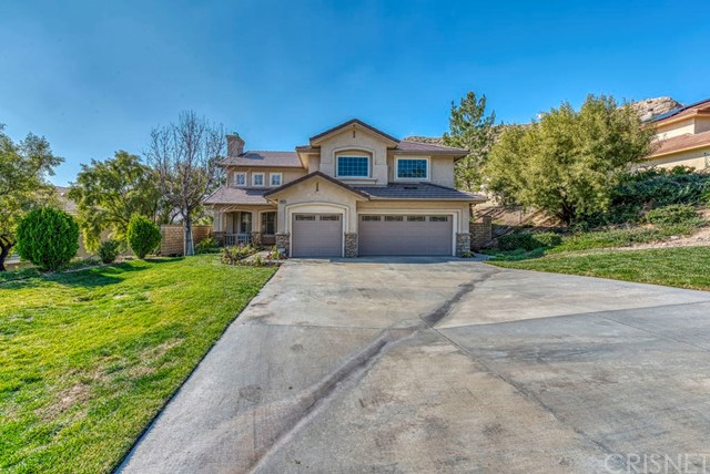 29575 Mammoth Lane, Canyon Country, CA 91387
