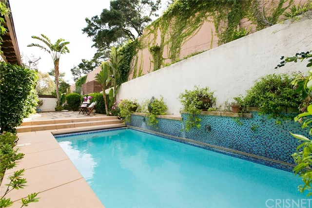 8540 Lookout Mountain, Los Angeles, CA 90046