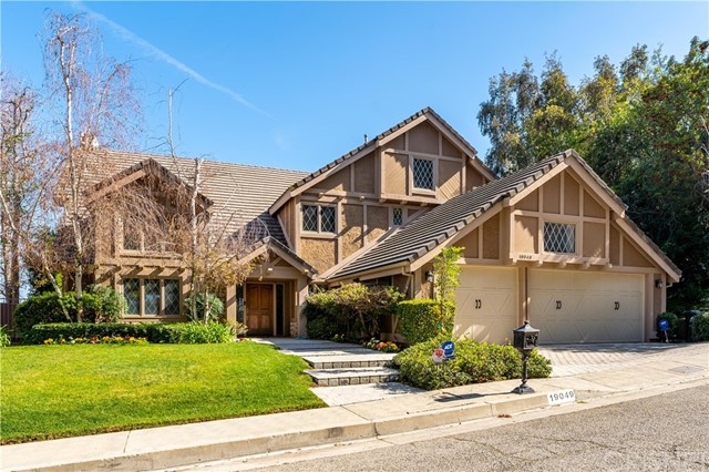 19049 Dorlon Drive, Tarzana, CA 91356