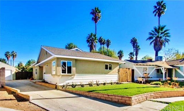 16723 Cantlay Street, Lake Balboa, CA 91406