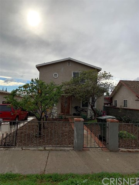 1214 7th Street, San Fernando, CA 91340