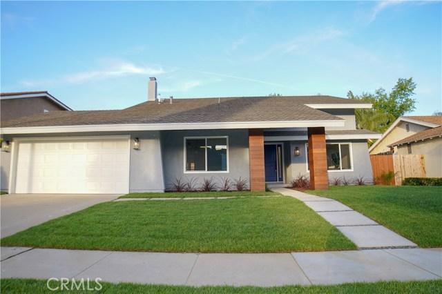 46 Locust Avenue, Oak Park, CA 91377