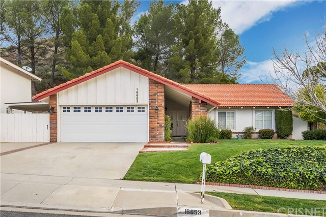 16653 Nearview Drive, Canyon Country, CA 91387