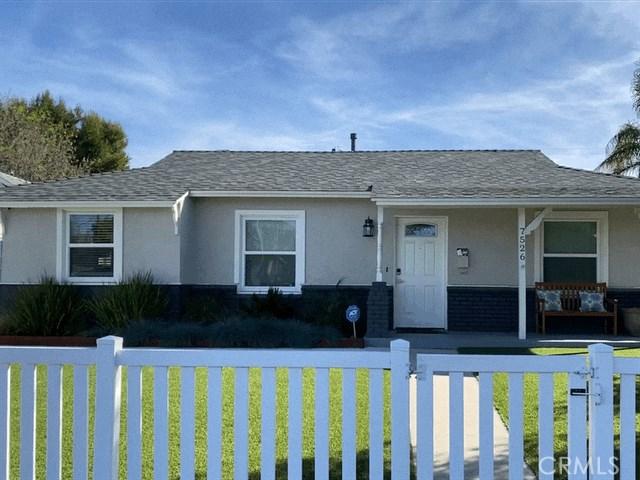 7526 White Oak Avenue, Lake Balboa, CA 91406