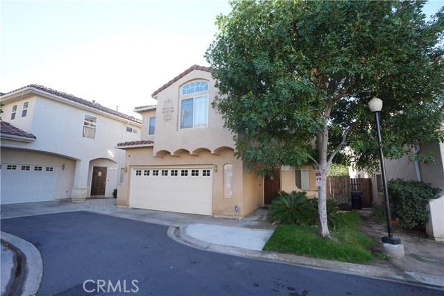 9038 Hayvenhurst Avenue, North Hills, CA 91343