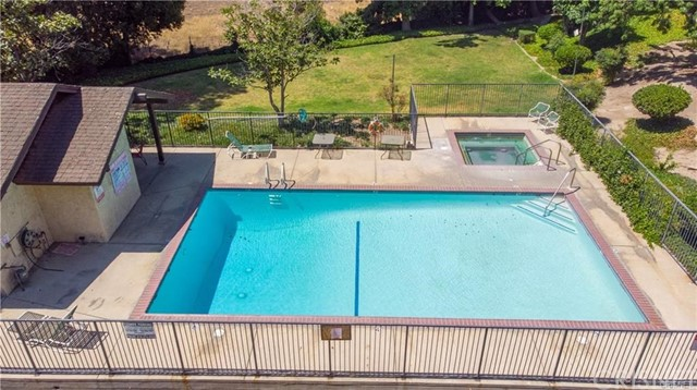 11300 Foothill Bl, Lakeview Terrace, CA 91342 Photo 12