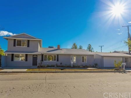 17812 Silverstream Drive, Canyon Country, CA 91387