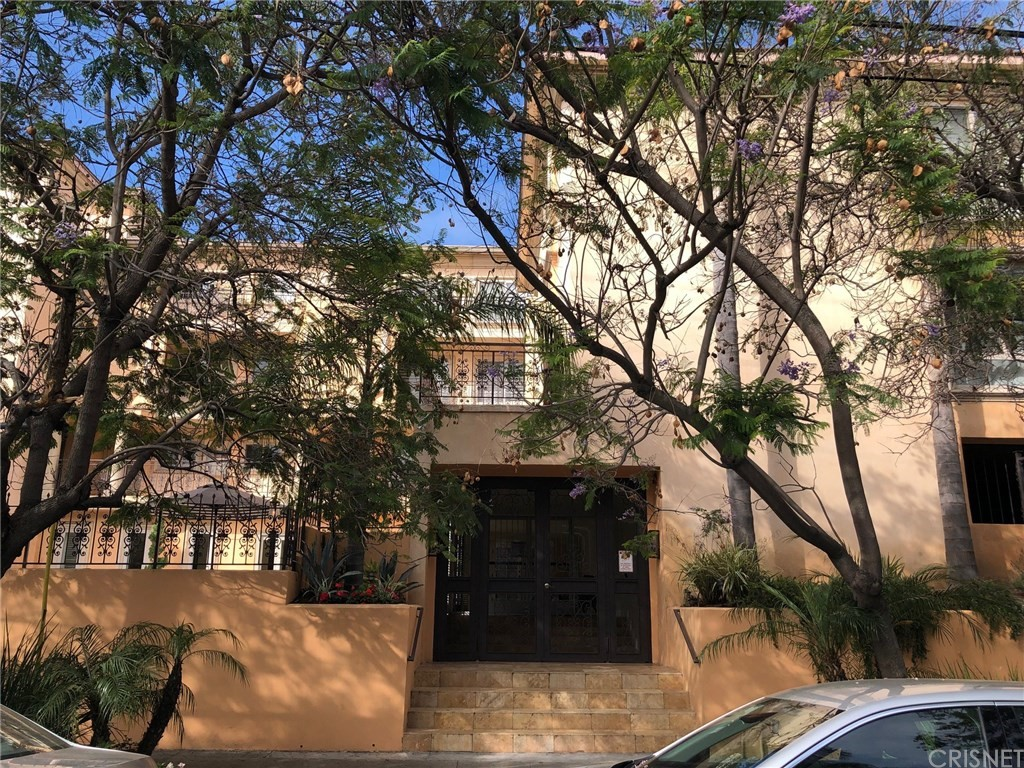 Photo of 1000 SOUTH WESTGATE AVENUE #311, Los Angeles, CA 90049